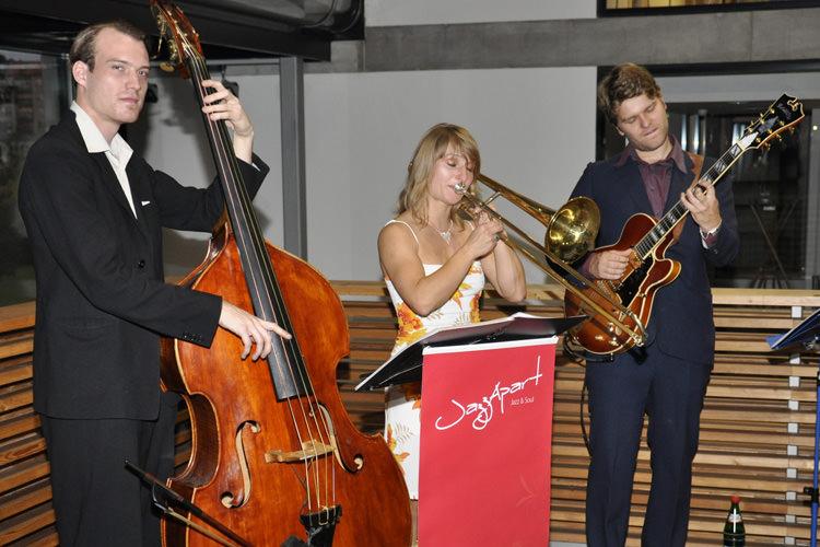 jazzapart live